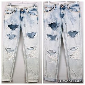 One Teaspoon Awesome Baggies Light Wash Jeans 22